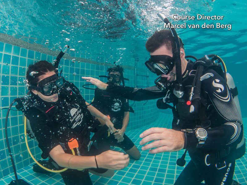 PADI Confined Water Dive 1